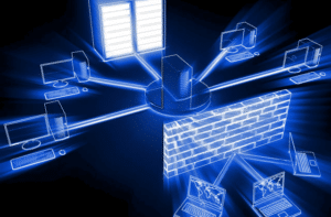 מחשבים מתחברים עם חומת אש