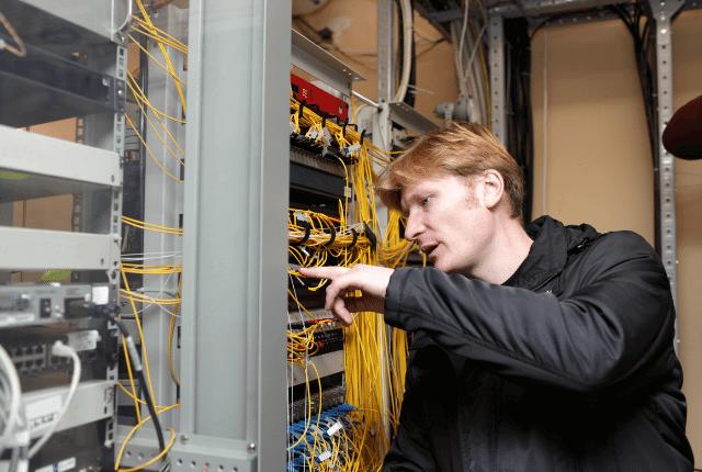 טכנאי רשתות תקשורת
